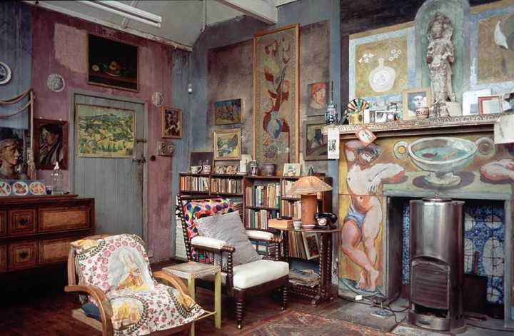 Photograph of Charleston House, decorated by Vanessa Bell and Duncan Grant, c. 1916. © The Charleston Trust.