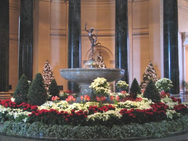 National Gallery of Art in Washington D.C. at Christmas, 2005. Photo courtesy of National Gallery of Art/Rob Shelley