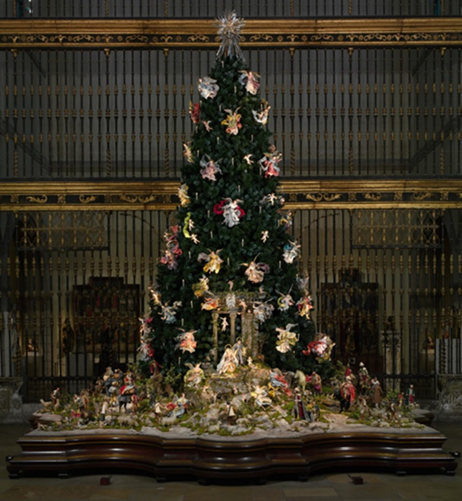 met-christmas-tree